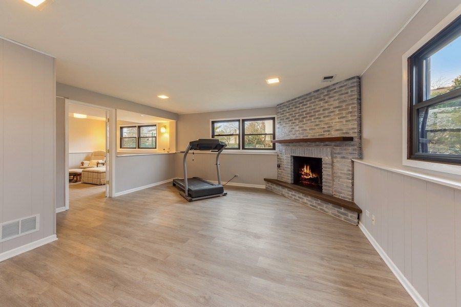 Real Estate Photography - 1911 E. Peachtree Lane, Arlington Heights, IL, 60004 - Recreational Room