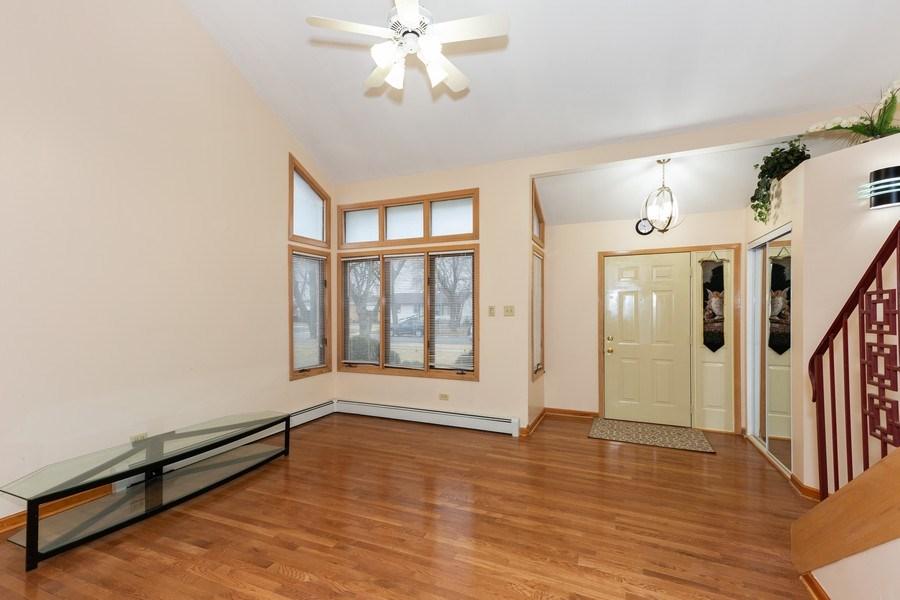 Real Estate Photography - 8609 PARKSIDE Avenue, Burbank, IL, 60459 - Living Room