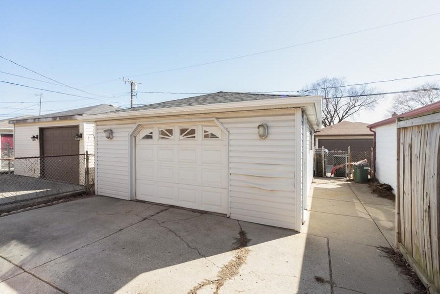 Real Estate Photography - 5037 HAROLD Avenue, Schiller Park, IL, 60176 - Garage
