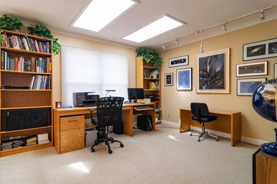 Real Estate Photography - 318 Torrington Drive, Bloomingdale, IL, 60108 - Loft