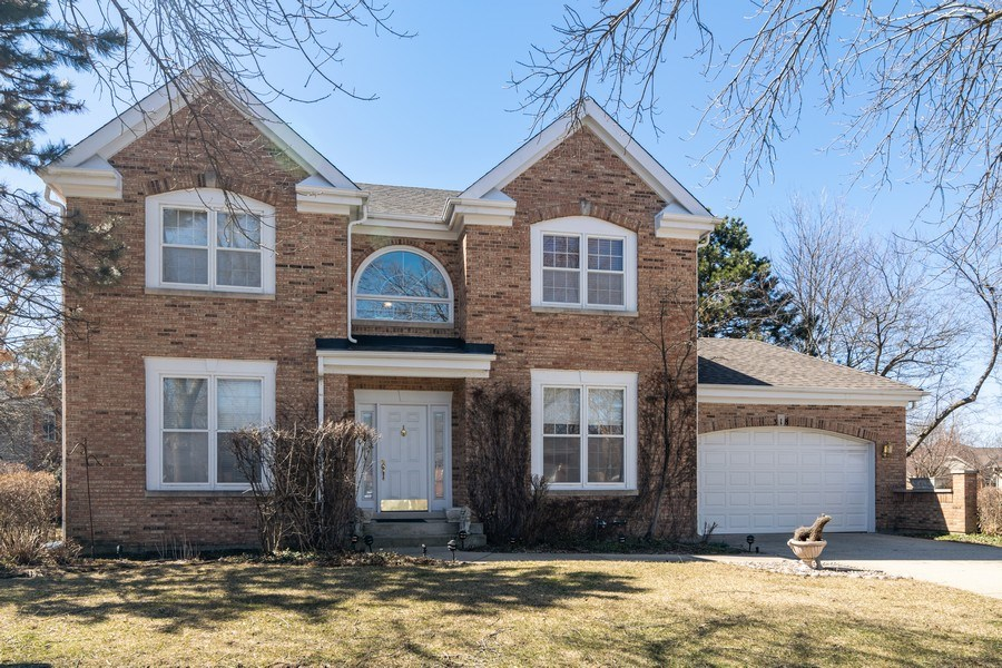 Real Estate Photography - 318 Torrington Drive, Bloomingdale, IL, 60108 - Front View