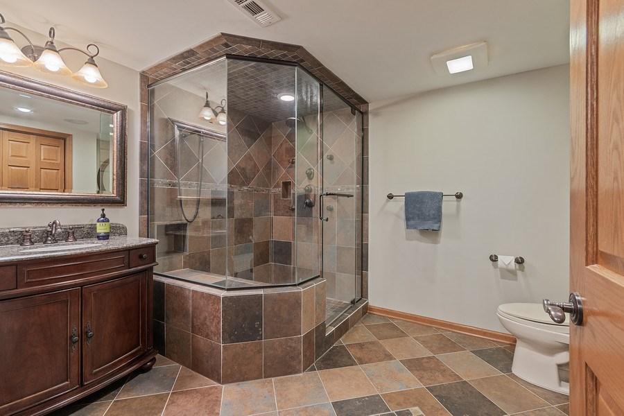 Real Estate Photography - 785 Wind Energy Pass, Batavia, IL, 60510 - 3rd Bathroom