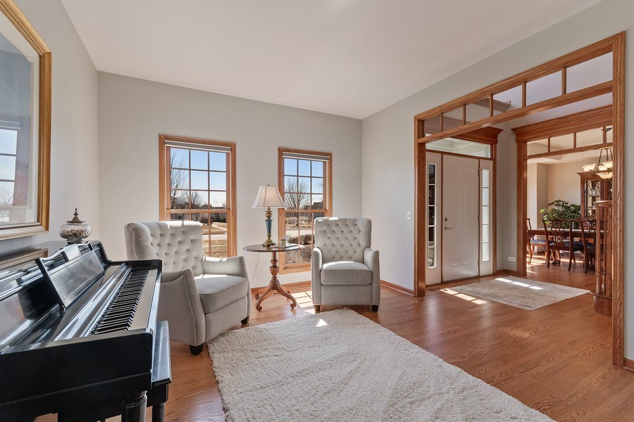 Real Estate Photography - 785 Wind Energy Pass, Batavia, IL, 60510 - Living Room