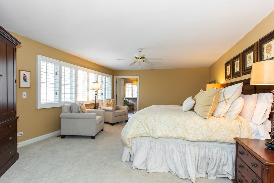 Real Estate Photography - 107 BRIDGEWATER Court, Naperville, IL, 60565 - MASTER BEDROOM