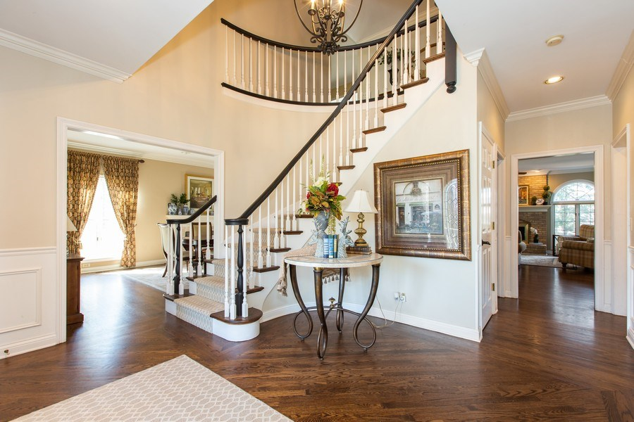 Real Estate Photography - 107 BRIDGEWATER Court, Naperville, IL, 60565 - FOYER