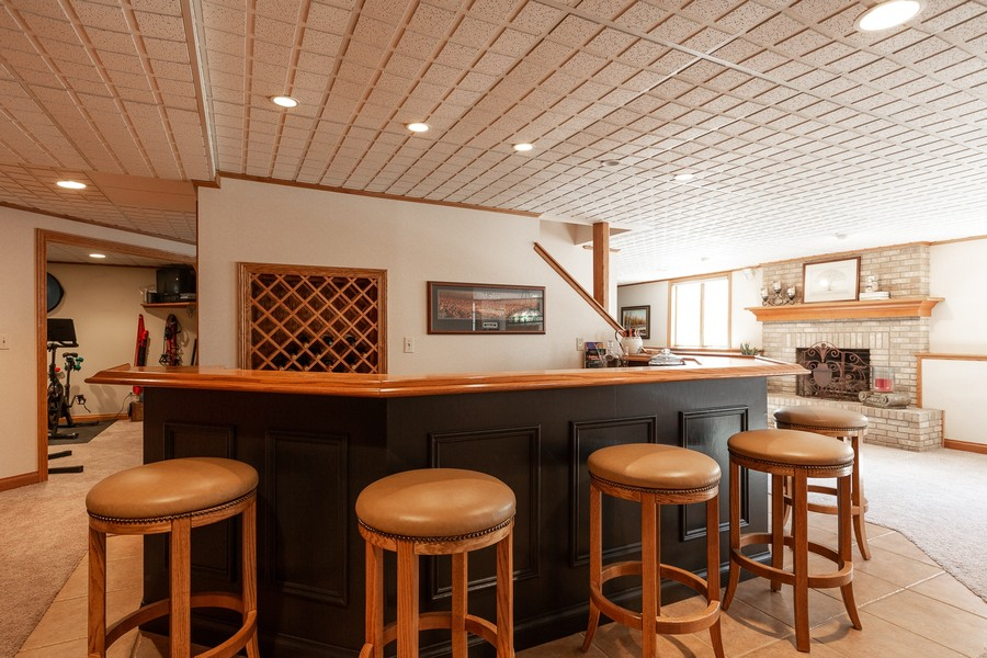 Real Estate Photography - 107 BRIDGEWATER Court, Naperville, IL, 60565 - BASEMENT WET BAR