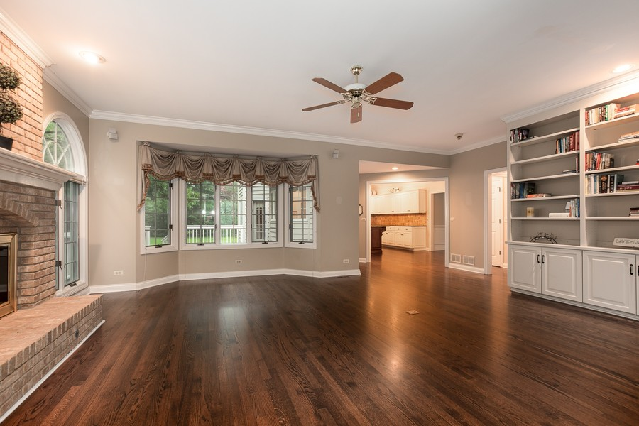 Real Estate Photography - 107 BRIDGEWATER Court, Naperville, IL, 60565 - FAMILY ROOM