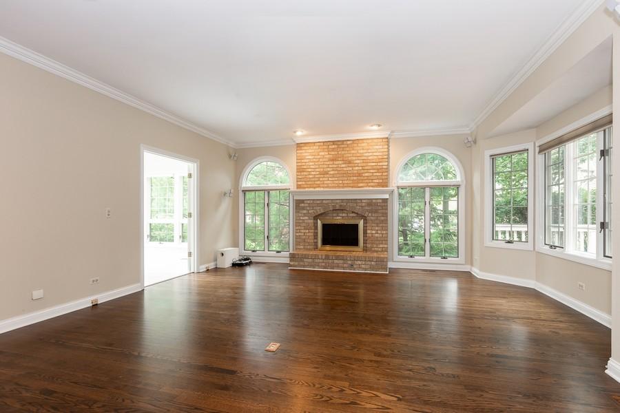 Real Estate Photography - 107 BRIDGEWATER Court, Naperville, IL, 60565 -
