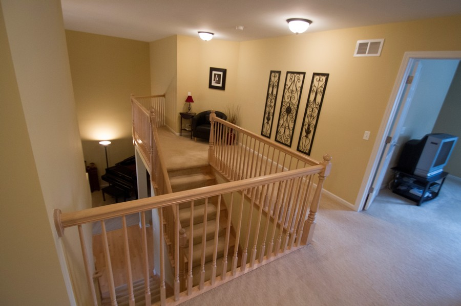 Real Estate Photography - 904 Tipperary Street, Gilberts, IL, 60136 - Loft overlooking 1st floor