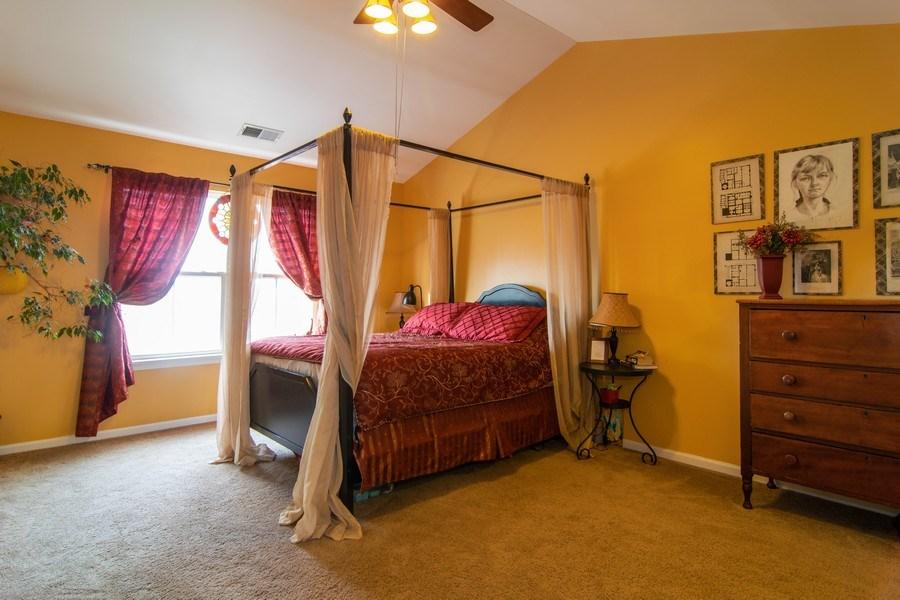 Real Estate Photography - 1097 Horizon Drive, Bartlett, IL, 60103 - Master Bedroom