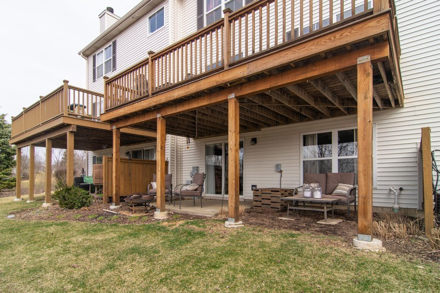 Real Estate Photography - 1097 Horizon Drive, Bartlett, IL, 60103 - Rear View