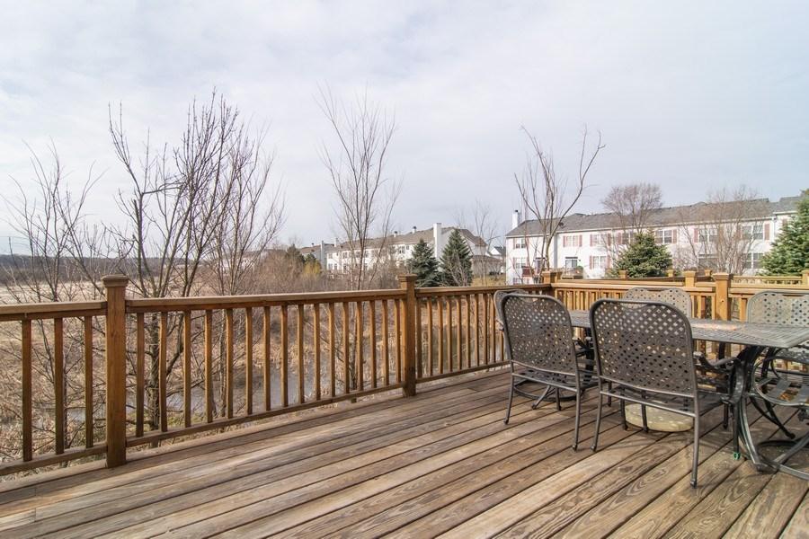 Real Estate Photography - 1097 Horizon Drive, Bartlett, IL, 60103 - Deck