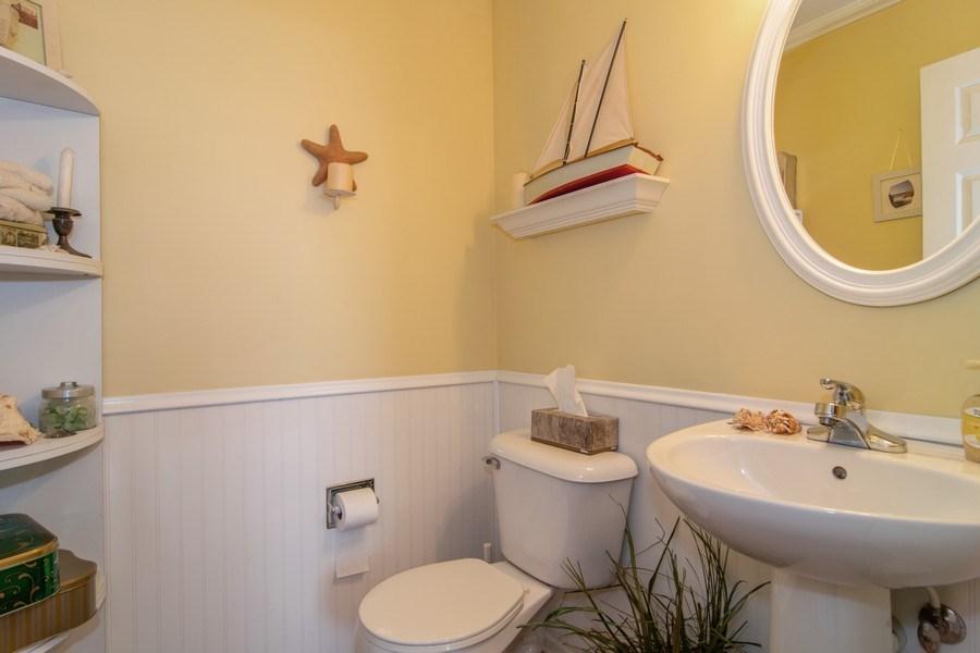 Real Estate Photography - 1097 Horizon Drive, Bartlett, IL, 60103 - Half Bath