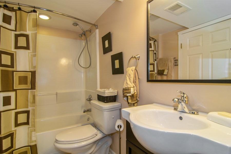 Real Estate Photography - 1097 Horizon Drive, Bartlett, IL, 60103 - 2nd Bathroom