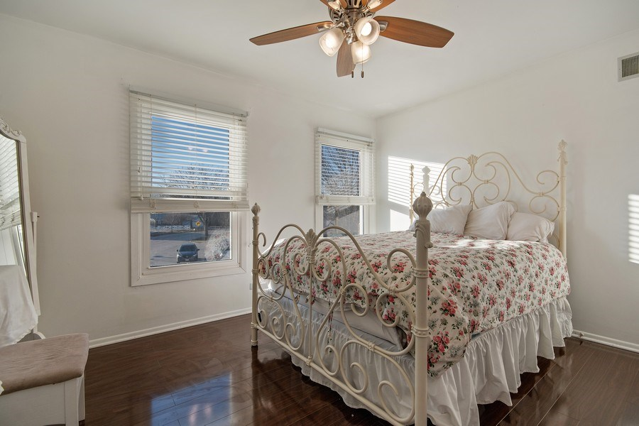 Real Estate Photography - 1104 Foxworth Boulevard, Lombard, IL, 60148 - 2nd Bedroom