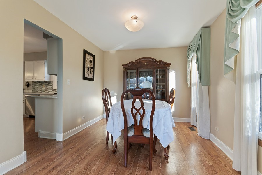Real Estate Photography - 1104 Foxworth Boulevard, Lombard, IL, 60148 - Dining Room