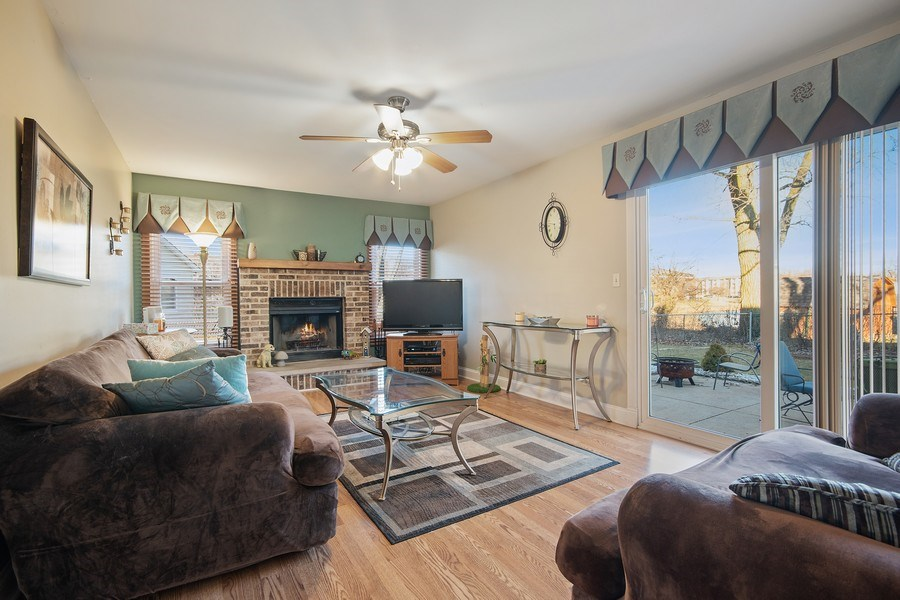 Real Estate Photography - 1104 Foxworth Boulevard, Lombard, IL, 60148 - Family Room