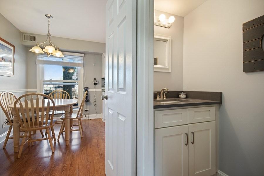Real Estate Photography - 1104 Foxworth Boulevard, Lombard, IL, 60148 - Bathroom