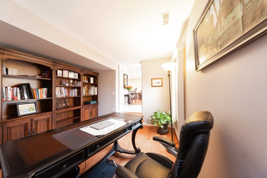 Real Estate Photography - 440 Meyerson Way, Wheeling, IL, 60090 - Office