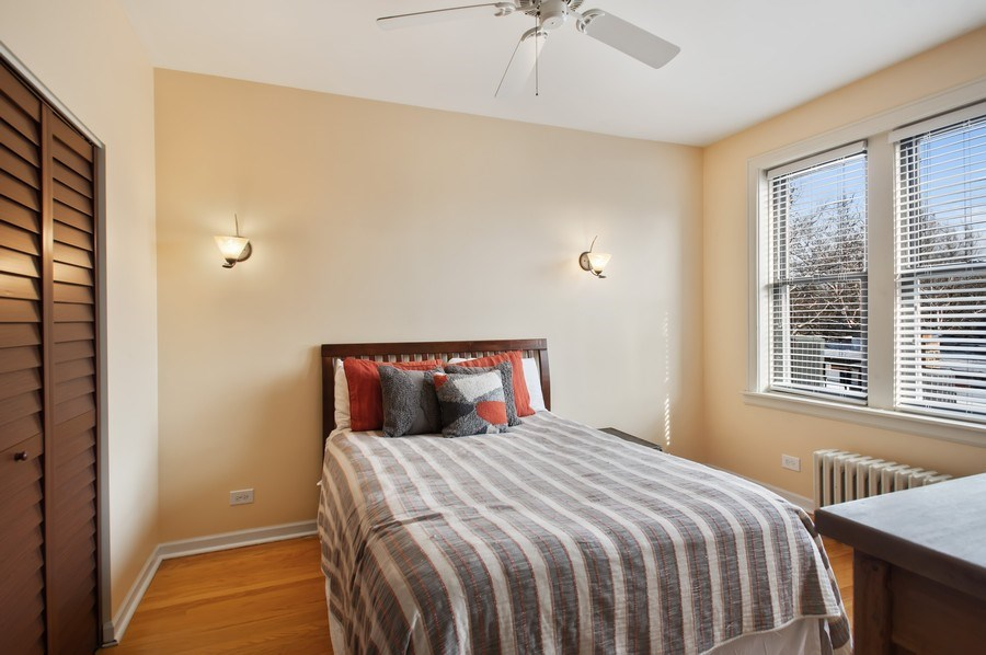 Real Estate Photography - 1307 W. Rosemont Avenue, Unit 3, Chicago, IL, 60660 - Bedroom