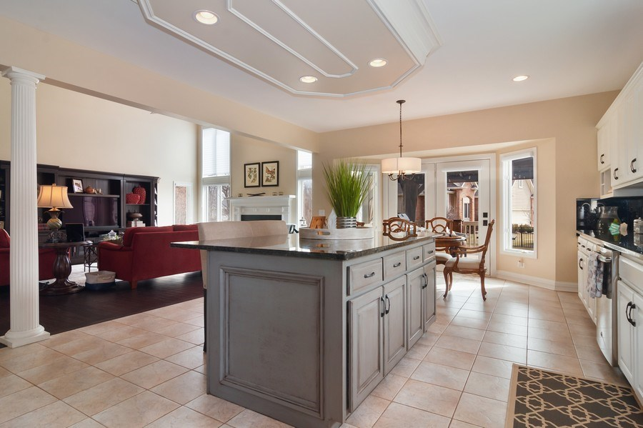 Real Estate Photography - 2019 RACHEL Lane, Aurora, IL, 60502 - Kitchen