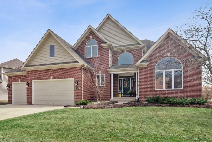 Real Estate Photography - 2019 RACHEL Lane, Aurora, IL, 60502 - Front View