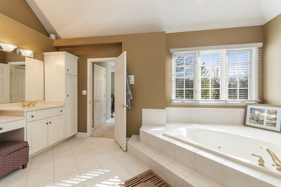 Real Estate Photography - 1668 IMPERIAL Circle, Naperville, IL, 60563 - Master Bathroom