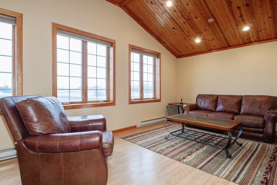Real Estate Photography - 2411 B South Country Club, Woodstock, IL, 60098 - Apartment above barn
