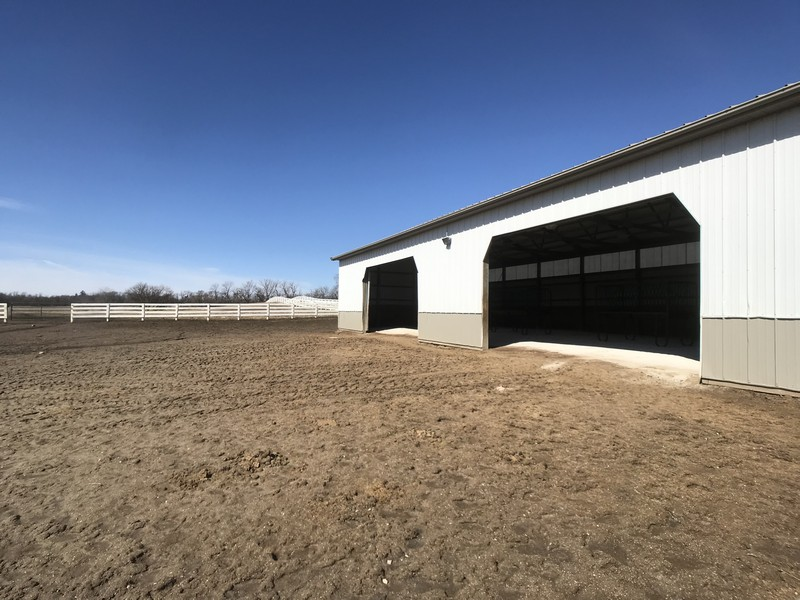 Real Estate Photography - 2411 B South Country Club, Woodstock, IL, 60098 - Attached run-in and pasture