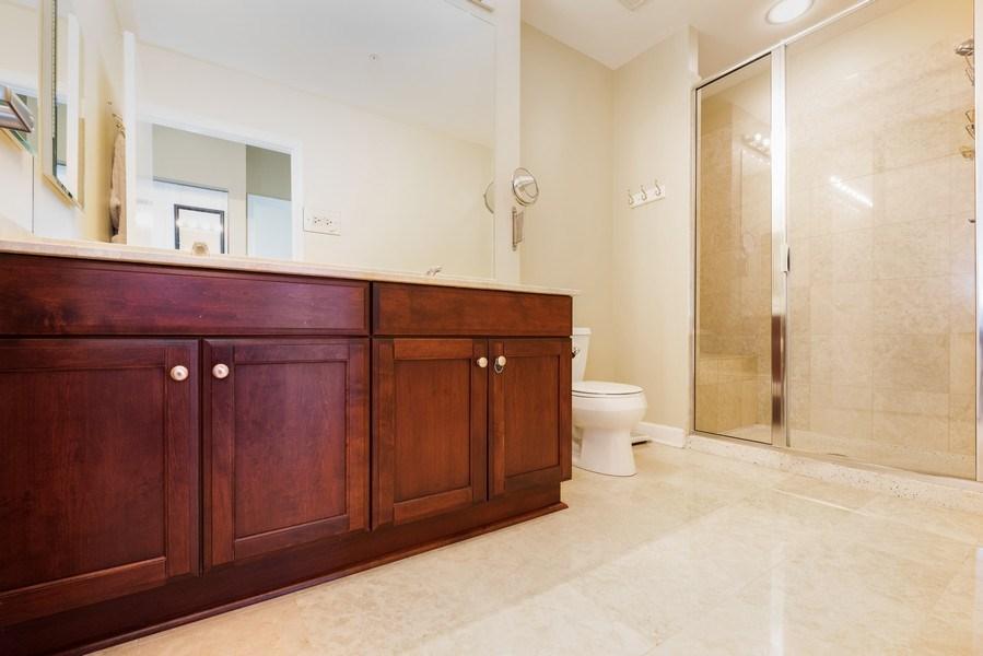 Real Estate Photography - 1235 S. Prairie Avenue, Unit 3105, Chicago, IL, 60605 - Master Bathroom