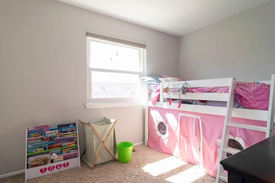 Real Estate Photography - 485 Harvard Lane, Bartlett, IL, 60103 - Kids Bedroom