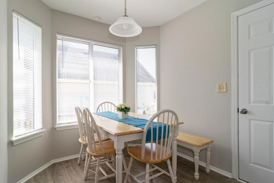 Real Estate Photography - 485 Harvard Lane, Bartlett, IL, 60103 - Breakfast Nook