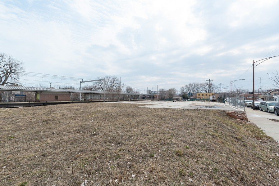 Real Estate Photography - 9213-19 S Baltimore, Chicago, IL, 60617 - View