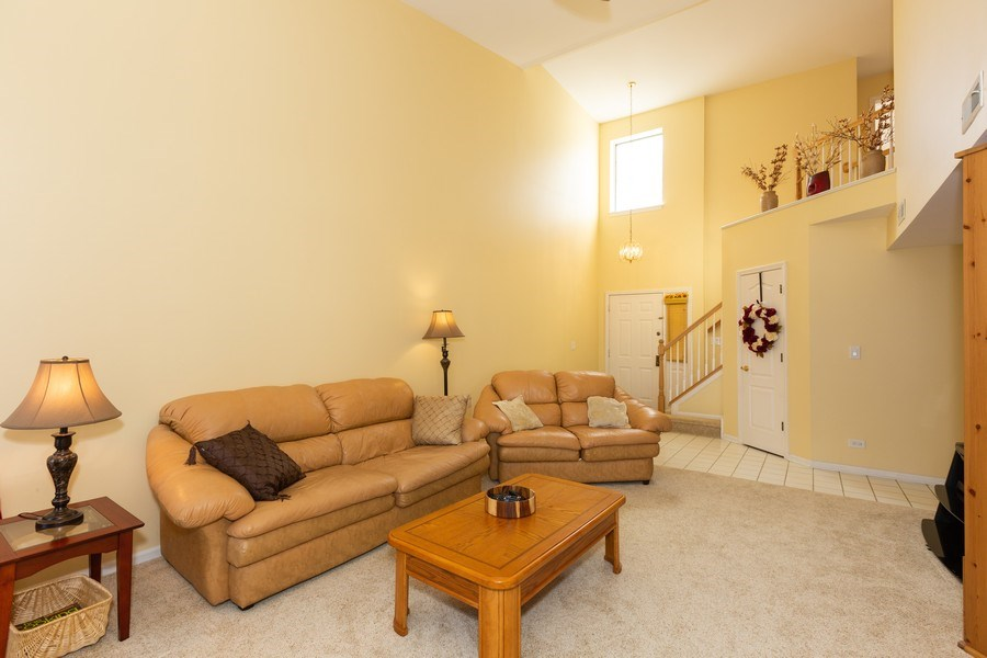 Real Estate Photography - 1514 W. Orchard Place, Arlington Heights, IL, 60005 - Living Room