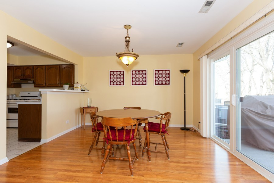 Real Estate Photography - 1514 W. Orchard Place, Arlington Heights, IL, 60005 - Dining Area