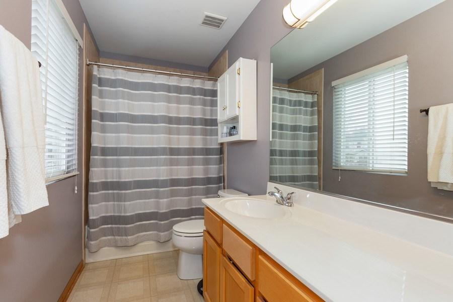 Real Estate Photography - 3811 Landings Road, Joliet, IL, 60431 - Master Bathroom