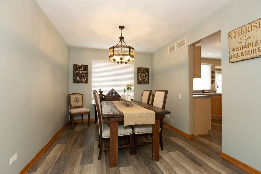 Real Estate Photography - 3811 Landings Road, Joliet, IL, 60431 - Dining Room