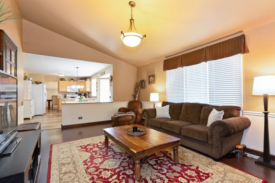 Real Estate Photography - 3811 Landings Road, Joliet, IL, 60431 - Family Room