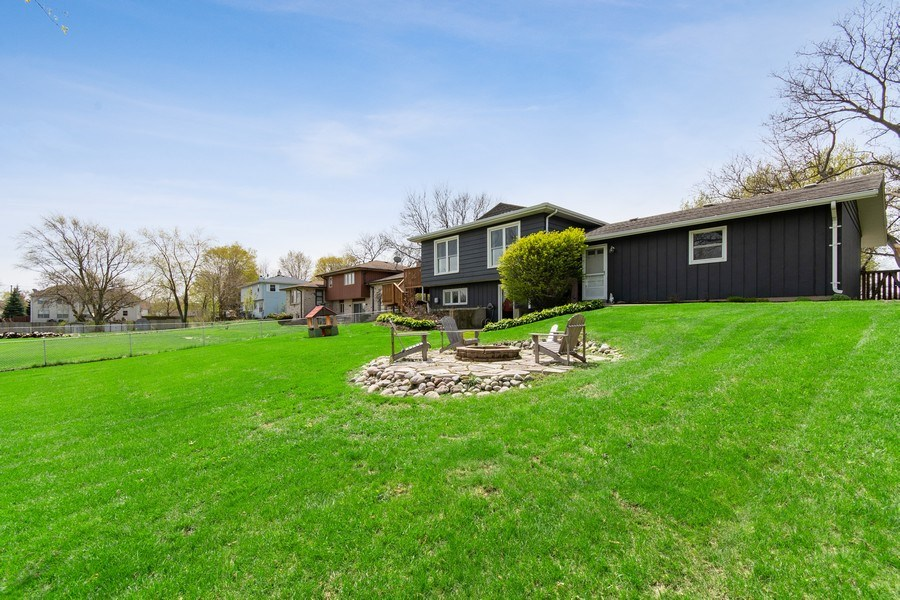 Real Estate Photography - 403 Oriole Street, Bloomingdale, IL, 60108 - Back Yard