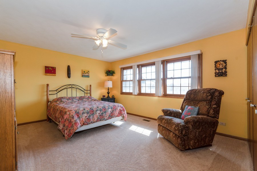 Real Estate Photography - 1225 Lynnfield Lane, Bartlett, IL, 60103 - 2nd Bedroom