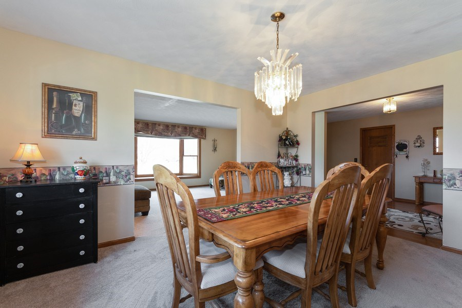 Real Estate Photography - 1225 Lynnfield Lane, Bartlett, IL, 60103 - Dining Room
