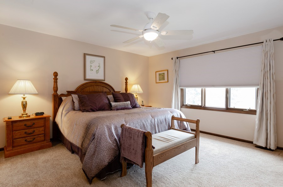 Real Estate Photography - 18N509 SLEEPY HOLLOW Lane, Dundee, IL, 60118 - Master Bedroom