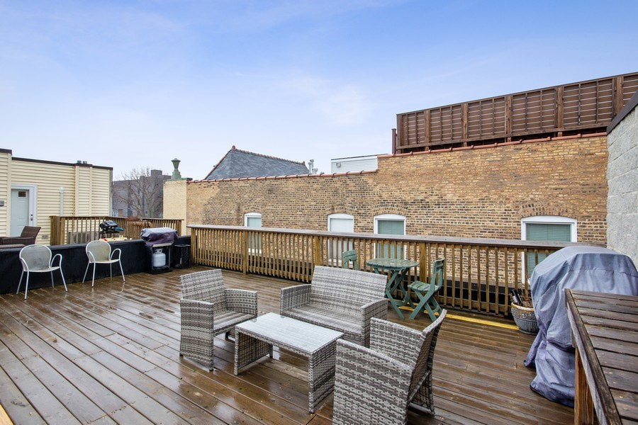 Real Estate Photography - 3250 N. Lincoln Avenue, Unit E, Chicago, IL, 60657 - Roof Deck