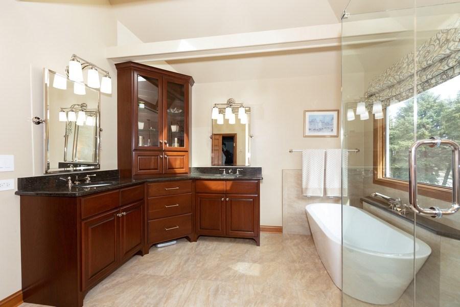 Real Estate Photography - 1479 RADCLIFF Lane, Aurora, IL, 60502 - Master Bathroom