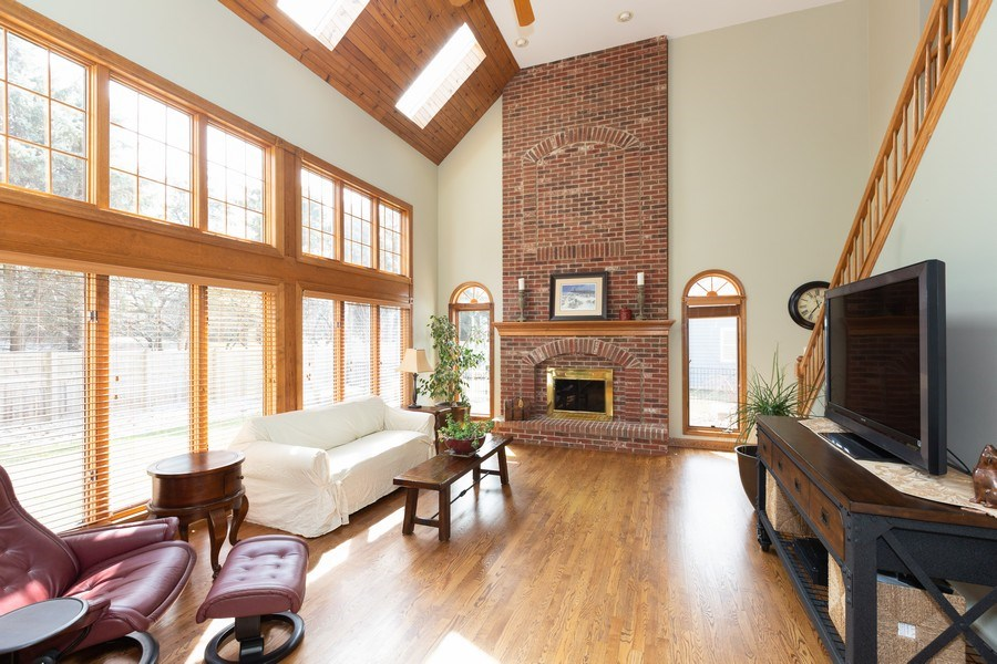 Real Estate Photography - 1479 RADCLIFF Lane, Aurora, IL, 60502 - Family Room