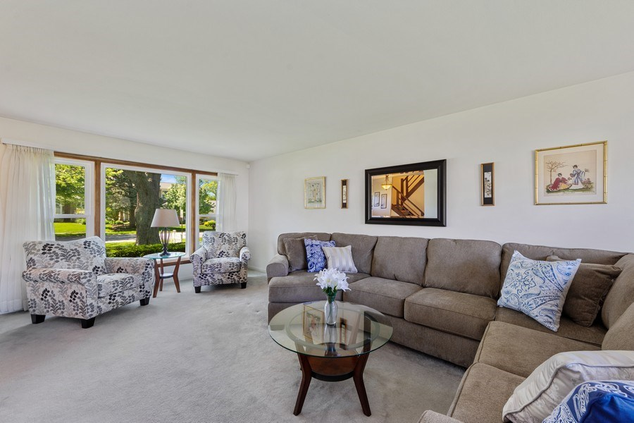 Real Estate Photography - 1931 N. Burke Drive, Arlington Heights, IL, 60004 - Living Room