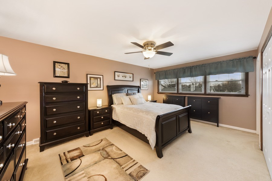 Real Estate Photography - 1931 N. Burke Drive, Arlington Heights, IL, 60004 - Master Bedroom