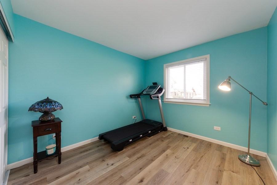 Real Estate Photography - 1452 N. Elmhurst Road, Unit 104C, Mount Prospect, IL, 60056 - 2nd Bedroom