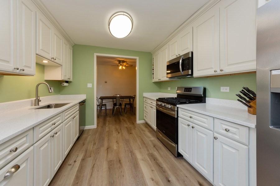 Real Estate Photography - 1452 N. Elmhurst Road, Unit 104C, Mount Prospect, IL, 60056 - Kitchen