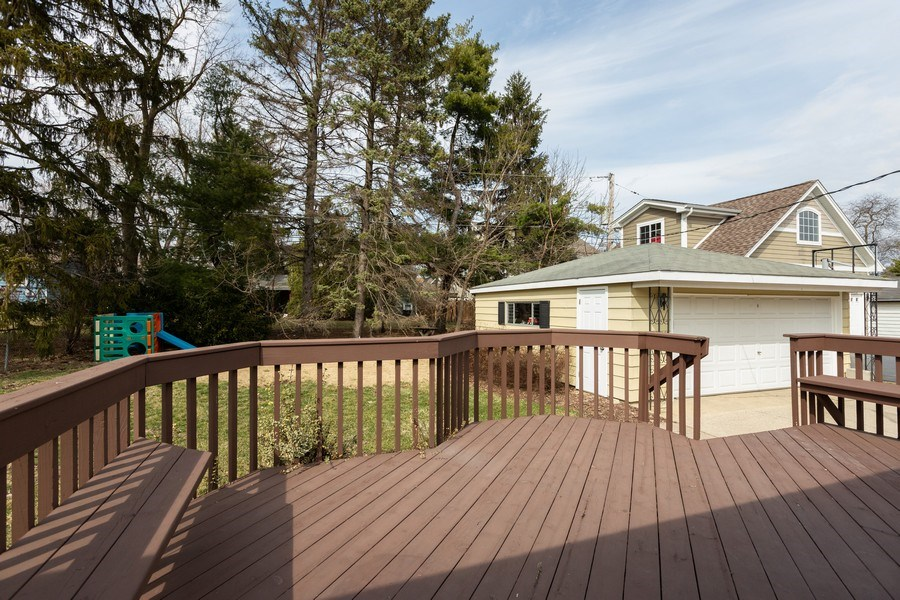 Real Estate Photography - 426 Grant Street, Downers Grove, IL, 60515 - Deck